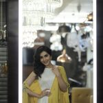 Rashi Khanna Latest Photo Gallery